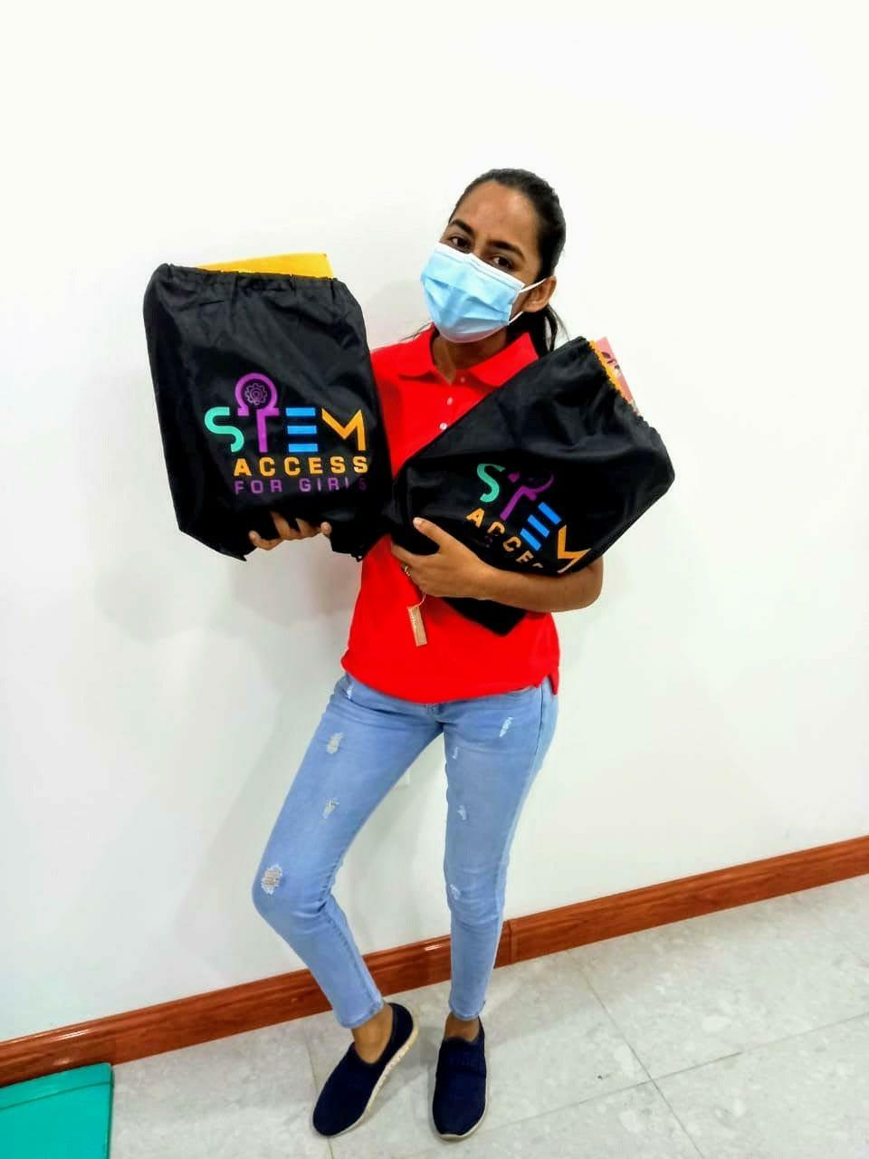 Suriname online STEM camp mentor